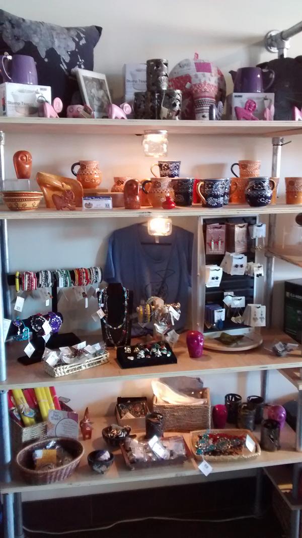 COFFEE-Equator-Shelf