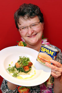 EMAIL SPAM sharon-lewandowski-with-one-of-her-winning-spam-dishes-777031203